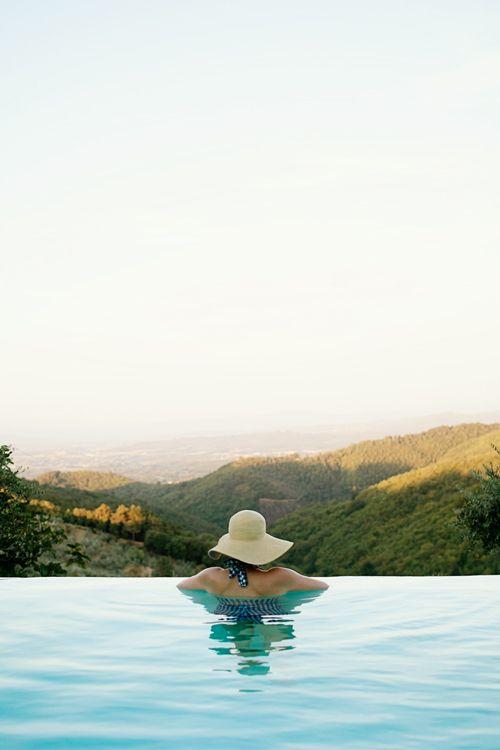 CHIC COASTAL LIVING: Happy Weekend... in TUSCANY gailmencini.com