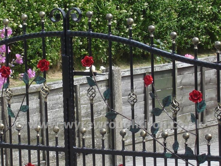 17 best images about wrought iron gates on pinterest for Ready made driveway gates