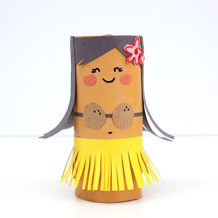 TP Roll Mermaid and Hula Dolls - just about the cutest toilet roll craft for kids to get us in the mood for summer sun, surf and sand!! // MollyMooCrafts.com