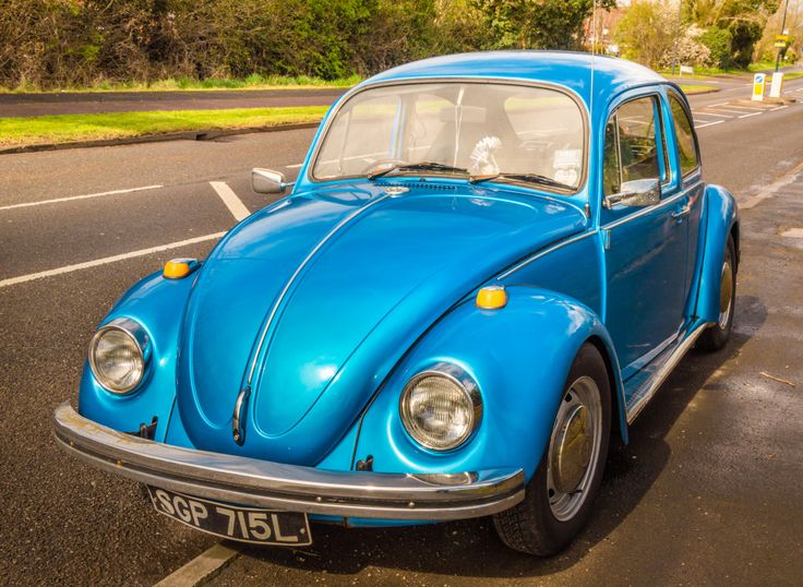 Volkswagen Beetle in Warwickshire UK puzzle in Cars & Bikes jigsaw puzzles on TheJigsawPuzzles.com. Play full screen, enjoy Puzzle of the Day and thousands more.
