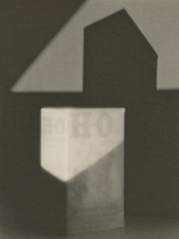 .. Paul Outerbridge, H.O. Box, platinum print, 1922 © 1996 Estate of Paul Outerbridge, Jr., Courtesy of G. Ray Hawkins