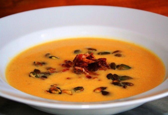 11 krémes, gyors és forró leves fél órán belül   NOSALTY