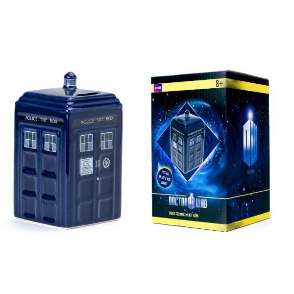 Tirelire Tardis Doctor Who Un Tardis pour cacher vos économies dans une autre dimension  Faites confiance au célèbre vaisseau spatial de la série Doctor Who : le Tardis pour conserver précieusement votre argent de poche !