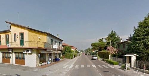 Veneto: #Investito mentre #attraversa sulle strisce pedonali: ragazzo di 16 anni all'ospedale (link: http://ift.tt/2fOXs58 )