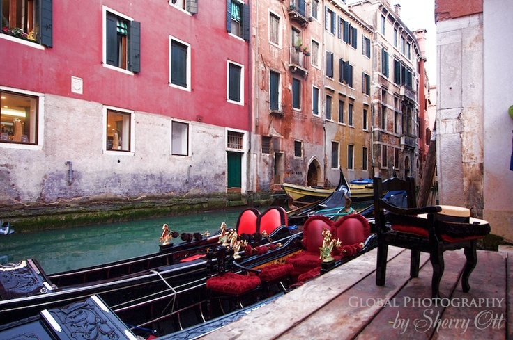 Colours and gondolas
