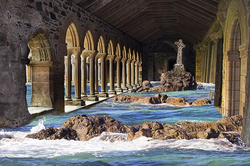 Iona is a tiny island off the west coast of Scotland, one of the Inner Hebrides group of isles
