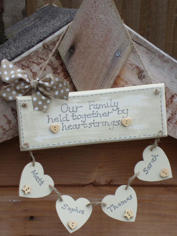 Wooden Shabby Chic Family Heartstrings Plaque Craft