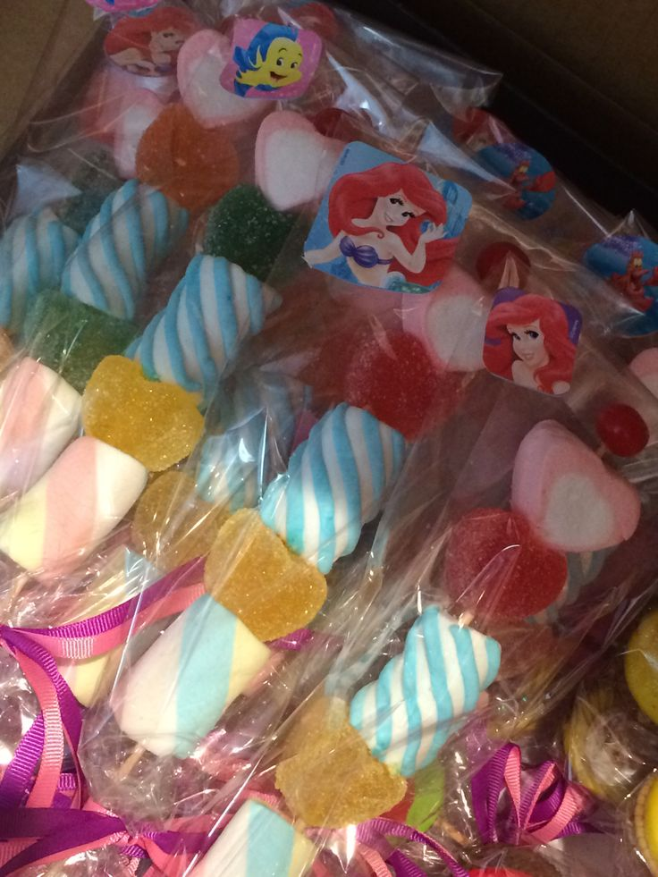 Candy buffet mesa dulce de Ariel la Sirenita, little mermaid themed party