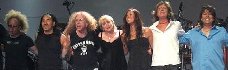 Stevie  ~ ☆♥❤♥☆ ~   and her crew onstage during her 'Gold Dust', 'Two Voices' and 'Dreams' tour in Sydney, Australia, 2005 - 2006; the line-up here is Jimmy Paxson, Taku Hirano, Waddy Wachtel, Stevie, Vanessa Carlton, Brett Tuggle, and Al Ortiz  ~  http://waddywachtelinfo.com/StevieNicks11.html