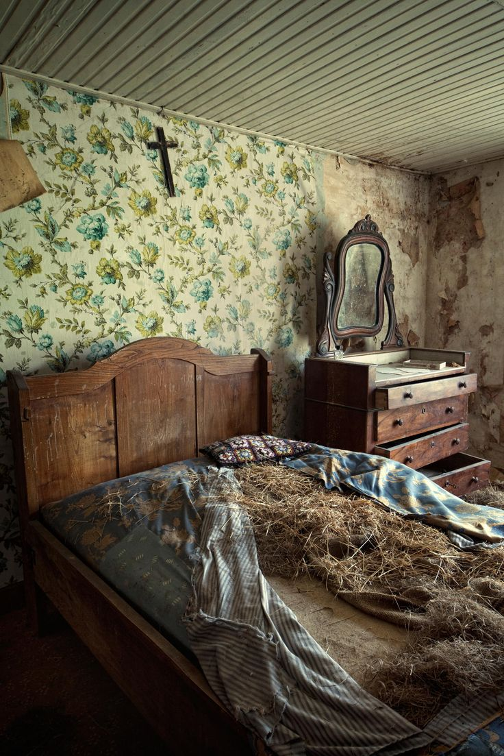 17 Best images about Abandoned on Pinterest | Bates motel ...