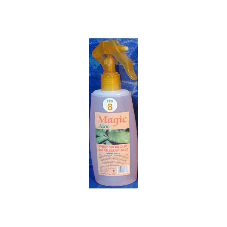 Protector solar natural con aloe vera en spray, ideal para protegerte del sol