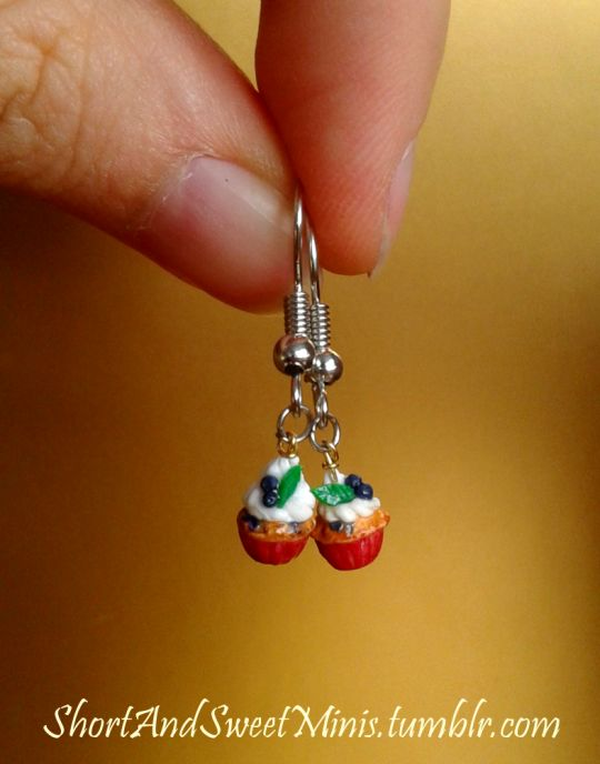 https://shortandsweetminis.tumblr.com/post/157412883929/cupcake-earrings-you-can-find-these-and-others-at