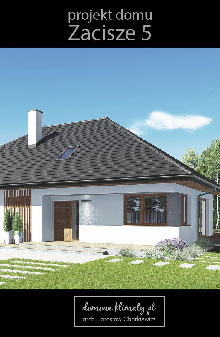 Projekt małego, parterowego domu z możliwością adaptacji poddasza. Warto zwrócić uwagę na duży, położony na wprost wejścia głównego salon z panoramicznym widokiem na ogród oraz obszerną kuchnię ze sporą spiżarnią. Podstawowymi zaletami budynku są jego prostota i wszechstronność. Parter zapewnia komfortowe lokum dla 3-4 osób, a wbudowana, pełnowymiarowa klatka schodowa zapewnia dostęp do strychu o powierzchni około 40 m2.