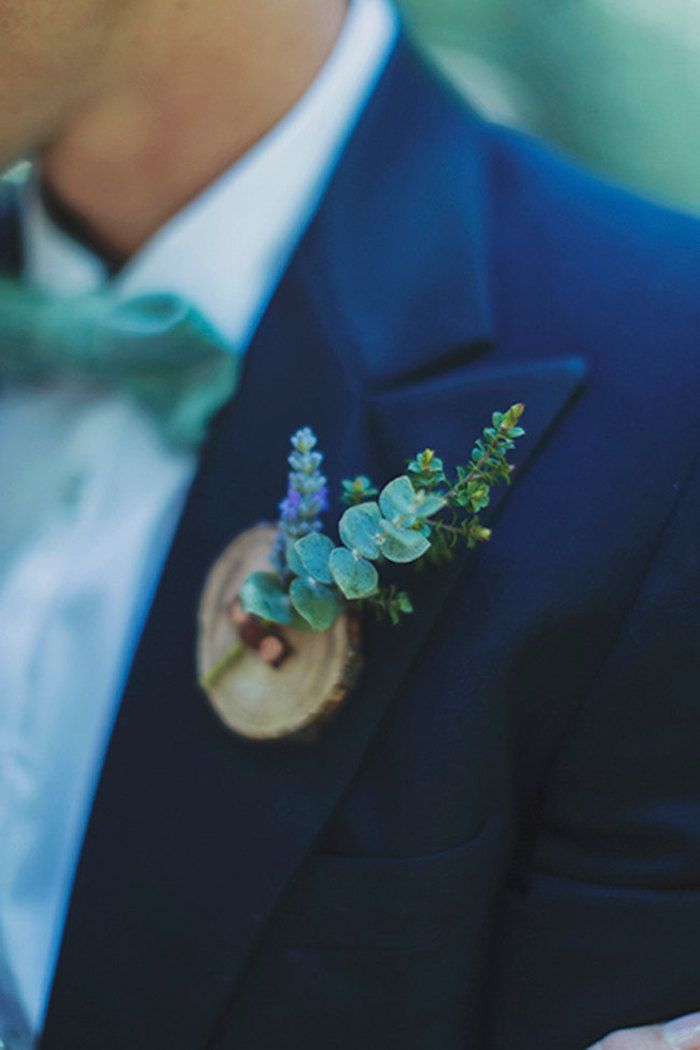 Blue boutonniere with wood and leather strapping by BATTLEWOODmaterial #blue #wood #boutonniere