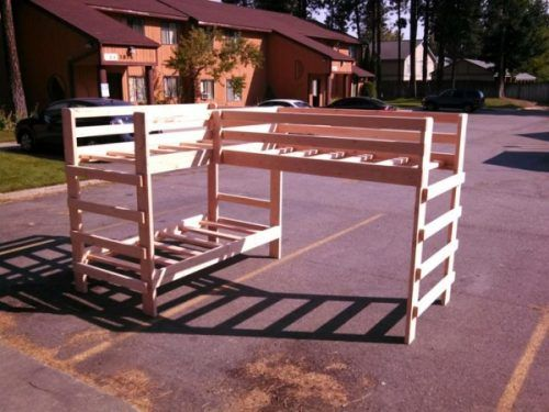 """Build a Set of Strong Triple Bunk Beds DIY Project Homesteading  - The Homestead Survival .Com     """"Please Share This Pin"""""""