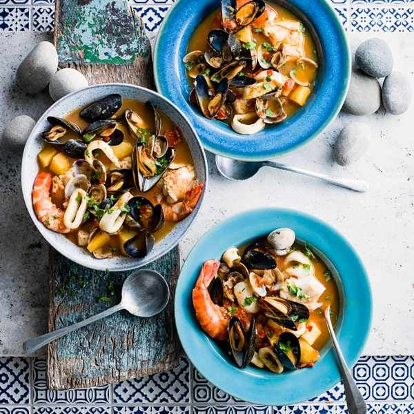 Portuguese fish stew (Caldeirada de peixe): This Portuguese fish stew contains a mixture of fish including squid, prawns, clams and mussels. It is a low calorie recipe and makes several portions, perfect for sharing with a group of friends or family