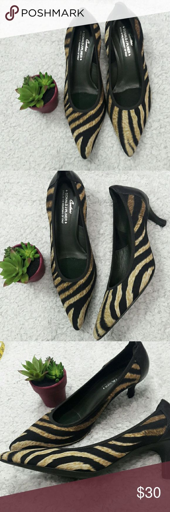 Donald J Pliner Couture Kitten heel size 7.5 M in wonderful condition  2 inch heel Donald J. Pliner Shoes Heels