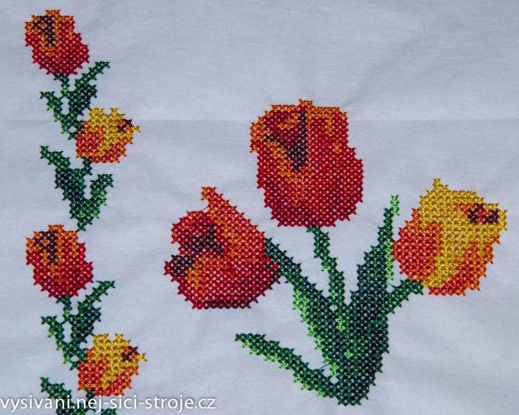 Křížková výšivka - tulipány