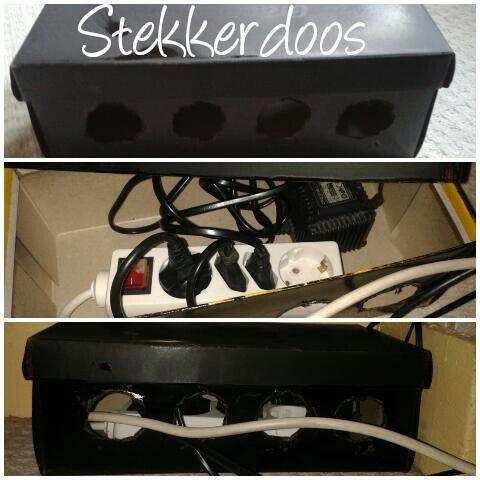 Stekkerdoos: zelf gemaakt van een schoenendoos,  gaten gemaakt en zwart gespoten. Mijn snoeren zijn nu eindelijk netjes opgeruimd! :)