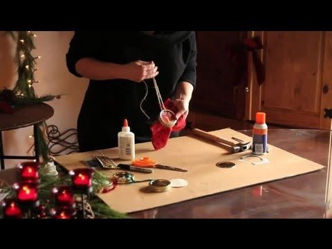 How to Make Christmas Ornaments Out of Jar Lids : Ornament Crafts