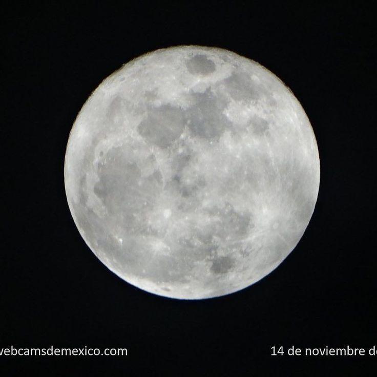#ParaTomarEnCuenta La próxima #SuperLuna será el domingo 3 de diciembre de 2017 durante luna llena y a una distancia aproximada de 357495 km del centro de La Tierra #webcamsdemexico