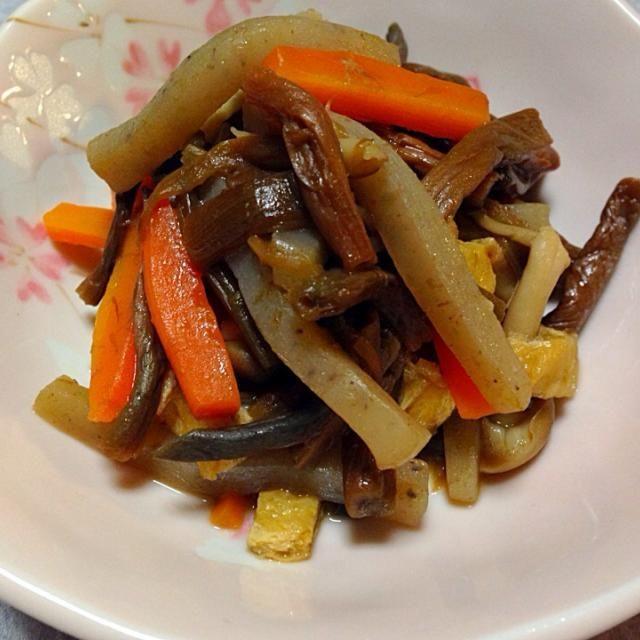 乾燥ゼンマイをいただいたので 昆布つゆを使って 煮てみました。 - 30件のもぐもぐ - ゼンマイ・こんにゃく・ニンジン・油揚げの煮物 by Orie Ueki