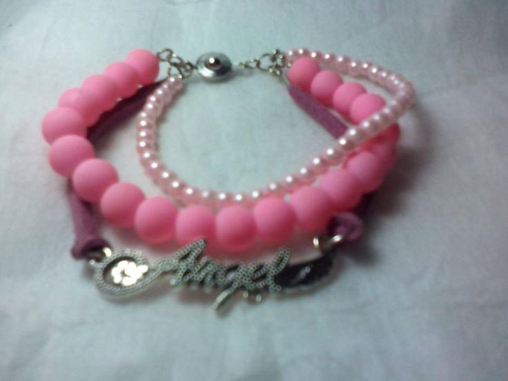 Pinky teen bracelet