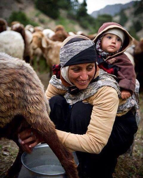 Anne ve Anadolu :) Mother and Anatolia :) #Anadolu #anatolia #emek #bereketli #yağmur #tarım #çiftçi #anadoludahayat #instaanadolu #türkiye #turkey #turkeystagram #yaşam #istanbuldayasam #love #photooftheday #amazing #smile #picoftheday #food #instadaily #bestoftheday #instago #colorful #style #sun #pretty #istanbuldayasam