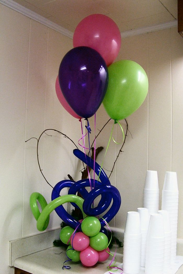 123 best balloons bouquets images on pinterest globe for Balloon arrangement ideas