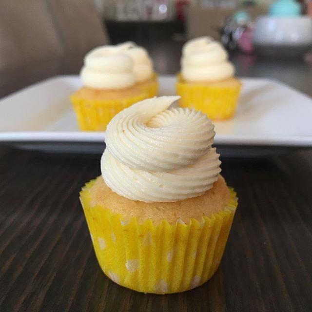 Sweet Lemon Cupcakes for a 33rd birthday :) #cupcake #auntiesanti #auntiesanticupcakes #melbournecupcake #melbourne #buttercream #lemoncupcake #wiltoncakes #dessert #sweets #homemade #homebaker #ilovebaking #chefwannabe #minicupcakes #cupcakesdaily #nielsenmassey #lurpak#melbournesweets