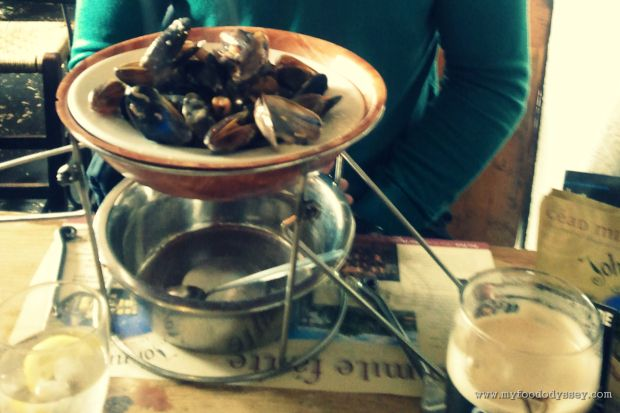 Mussels & Guinness at Johnnie Fox's | www.myfoododyssey.com