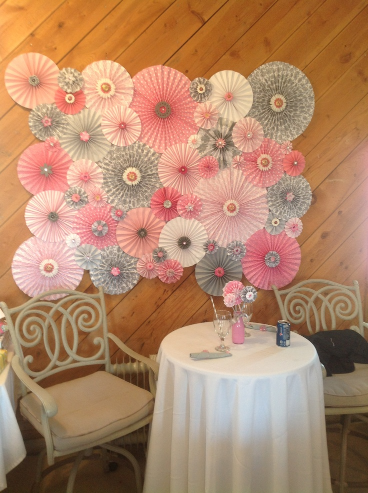 Baby shower wall decoration baby shower it 39 s a girl for Baby shower wall decoration ideas