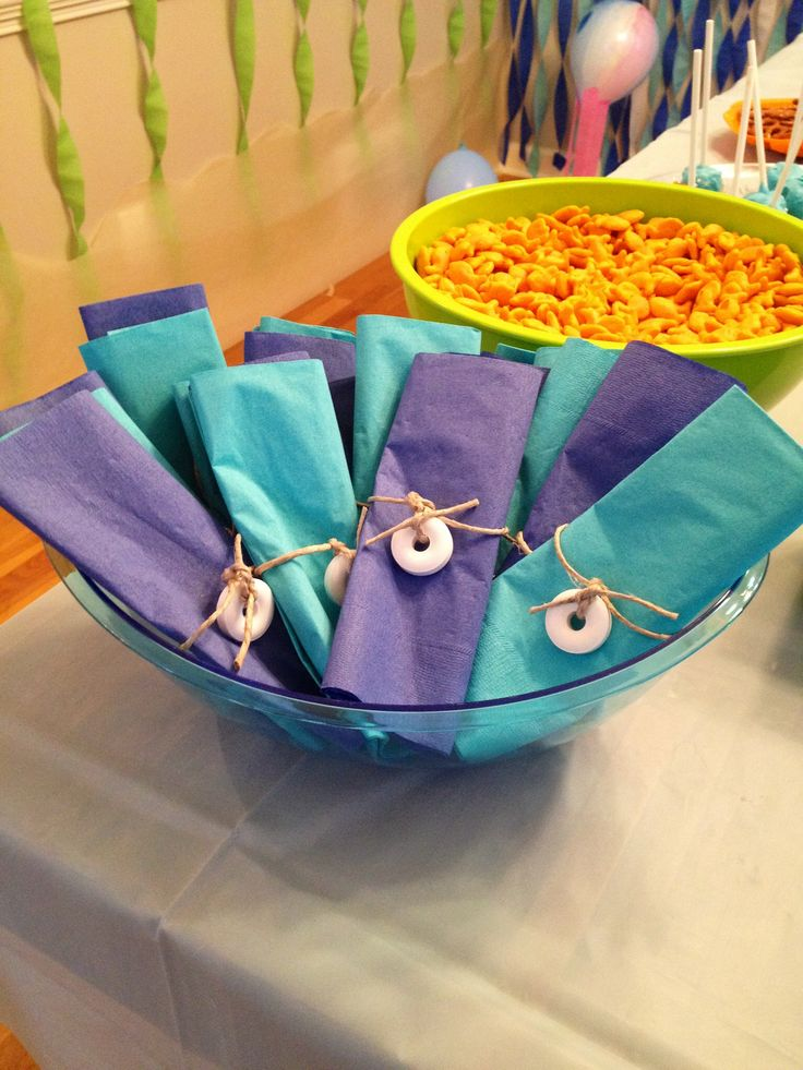 Finding nemo themed birthday party shark fish ocean food for Fish themed party food