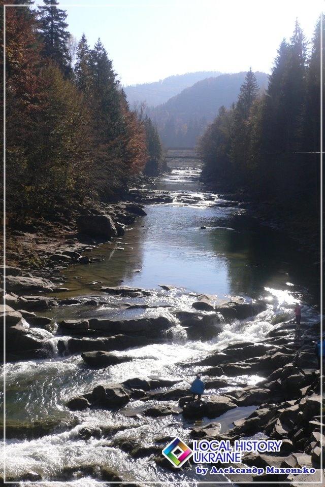 Prut River , Yremche, Ivano-Frankivsk r-n, UKRAINE, from Iryna