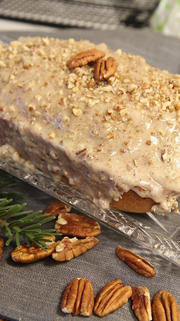 Butter Pecan Bread w/ Butter Pecan Cream Cheese Glaze!! Perfect for any holiday and LOADED with pecans! #FisherNuts #thinkfisher #ad