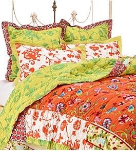 I want this bedding set so badly and it's no longer sold.  :(