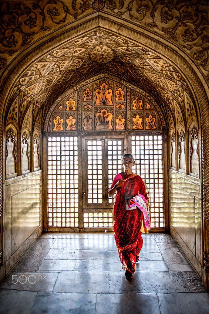 Temple in Agra, India  ❉ღϠ₡ღ✻↞❁✦彡●⊱❊⊰✦❁ ڿڰۣ❁ ℓα-ℓα-ℓα вσηηє νιє ♡༺✿༻♡·✳︎· ❀‿ ❀ ·✳︎· SAT Sep 17, 2016 ✨ gυяυ ✤ॐ ✧⚜✧ ❦♥⭐♢∘❃♦♡❊ нανє α ηι¢є ∂αу ❊ღ༺✿༻✨♥♫ ~*~ ♪ ♥✫❁✦⊱❊⊰●彡✦❁↠ ஜℓvஜ