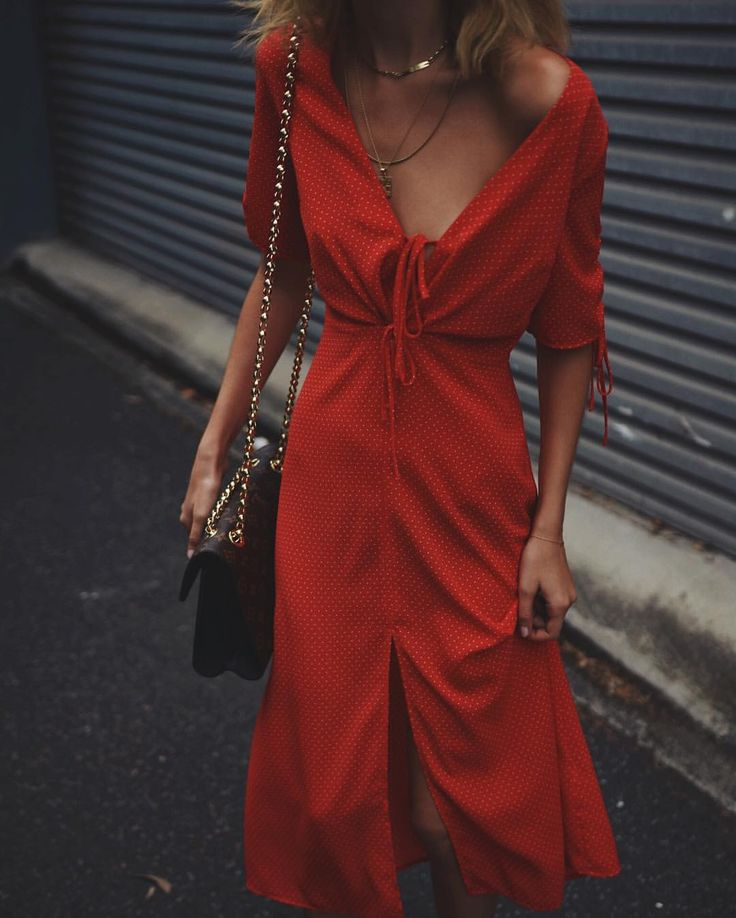 "JESSICA ALIZZI on Instagram: ""polka dots & red , seriously feeling @topshop_au new season dresses #topshopau"""