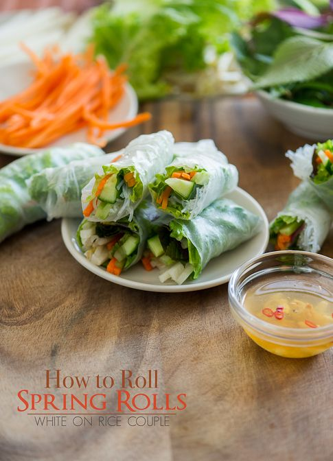 how to roll spring rolls via white on rice couple: Springrolls, Roll Fresh, Photo Tutorial, Vietnamese Spring Rolls, Rice Couple, Roll Spring, Spring Rolls 1, Fresh Vietnamese, Fresh Spring