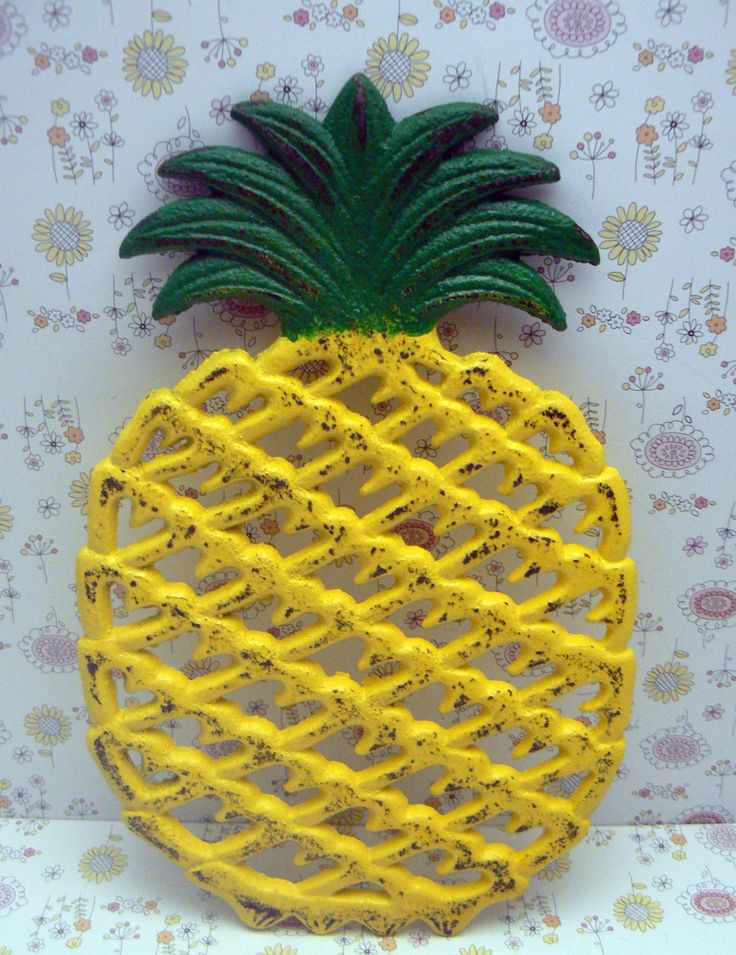 Cast Iron Pineapple Trivet Yellow Green Shabby Chic Kitchen Hot Plate Home Decor