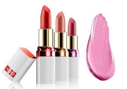 Profita de reducere si alege vara asta un ruj de buze socant de roz Astor cu Vitamine si colagen!