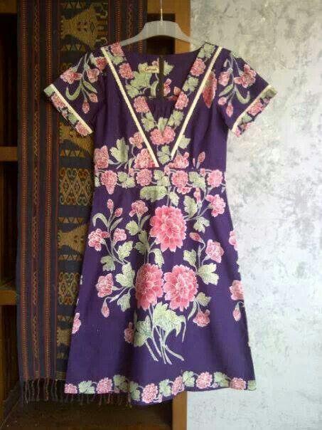 V batik dress