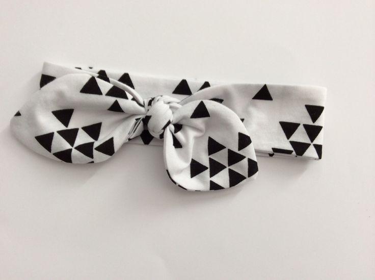 les 25 meilleures id es concernant noeud serre t te sur pinterest bandeaux pour b b faire. Black Bedroom Furniture Sets. Home Design Ideas