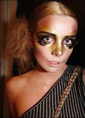 alex box's make-up work