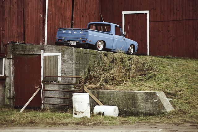bagged ford courier | shoot by CrumpJ, via Flickr