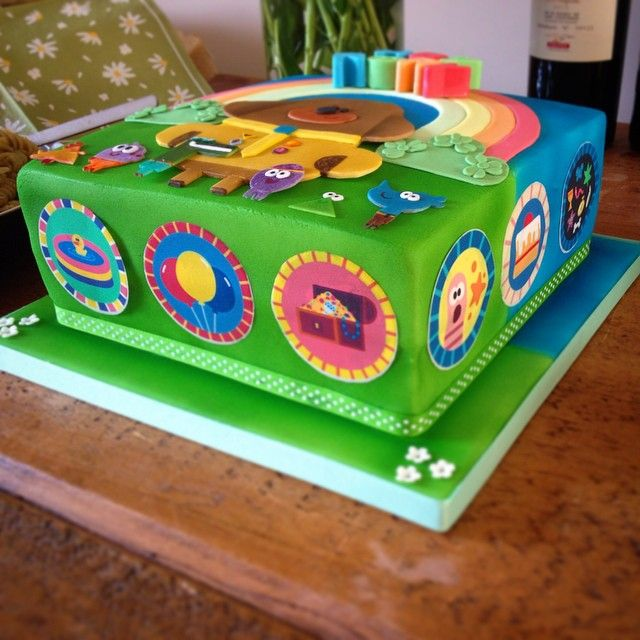 Side view of a Hey Duggee cake. Definitely the most colourful cake I've made! #heyduggee #cake #baki - sugarcraft_cakes_by_sam