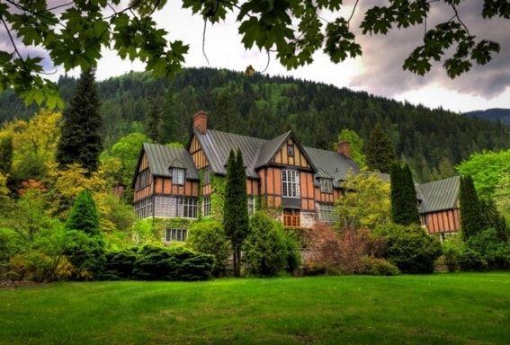Blaylock's Mansion, Nelson