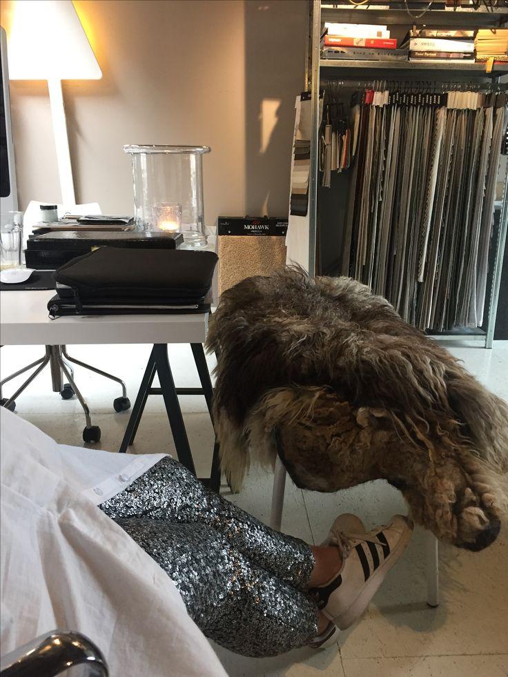 Glitter-broek, december feestmaand, hand gevilte schapenvachten. DHome office