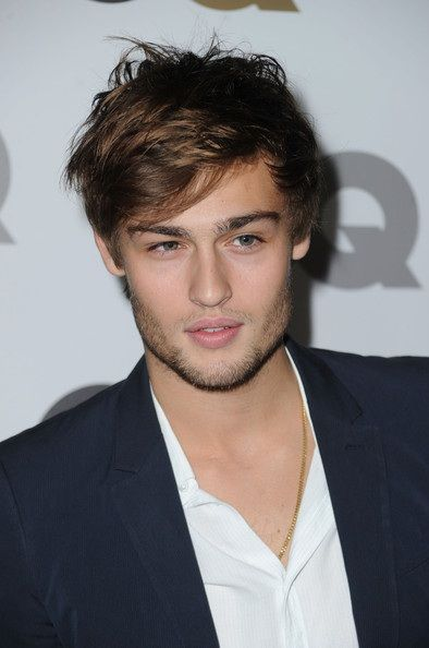 Douglas Booth in 2019 | Douglas booth, Nate archibald ...
