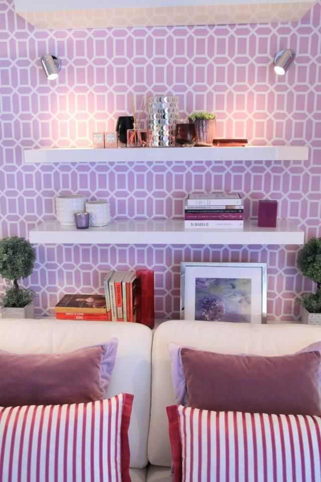 Portfolio - Apartment special for the Portuguese Querido Mudei a Casa Makeover show - used Trellis Collection belagio wallpaper, orchid, lilac, magenta shades, Lovetiles silver ceramic pannel on the wall